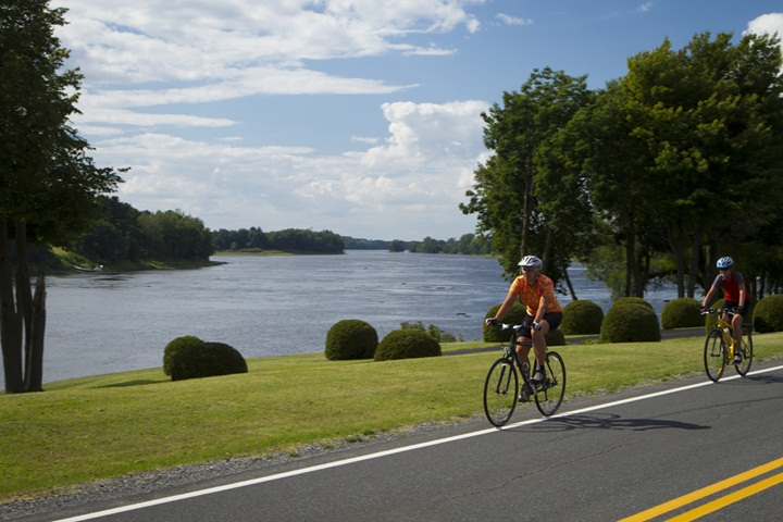 Cycling package - 1 night - Hôtel Quality Suites Drummondville