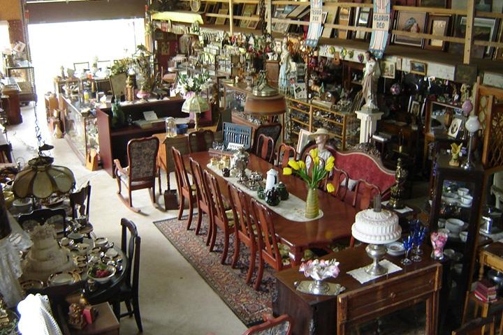 antiquit maddington antiquit s lauraine gaudet centre du qu bec. Black Bedroom Furniture Sets. Home Design Ideas